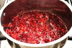 как приготовить соус из клюквы
