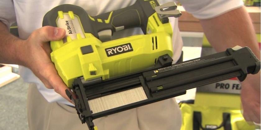Степлер Ryobi Р360