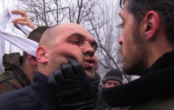 Расстрел украинских пленных на Донбассе