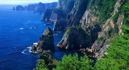Едем отдыхать в край 2-ух морей и царственных гор