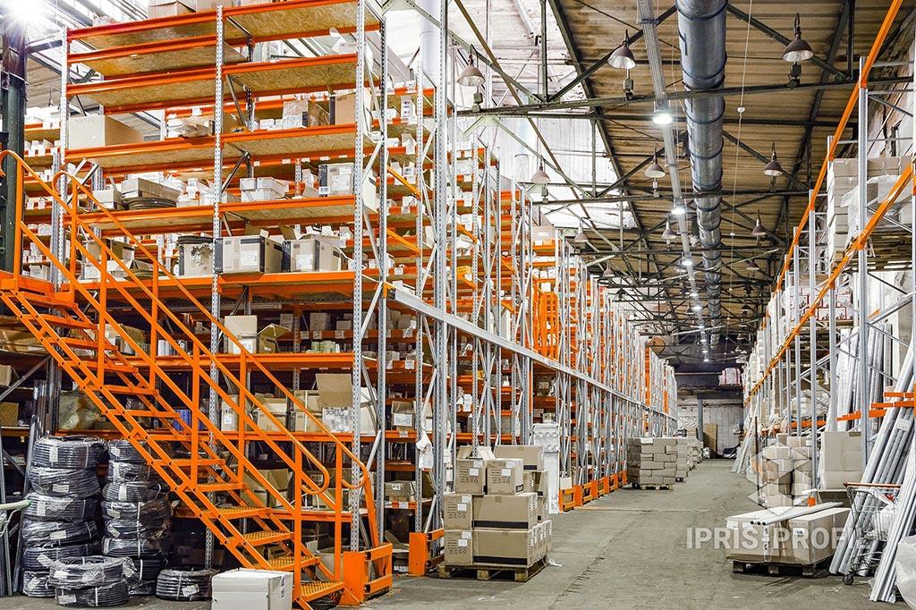 Паллетные стеллажи для складских помещений